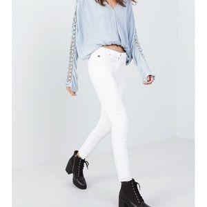 """AG White """"The Stilt"""" Cigarette Jean"""